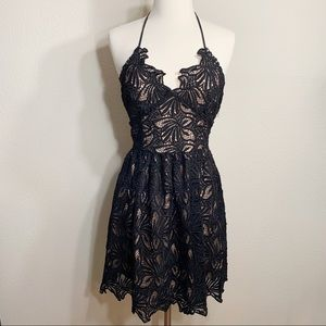 •j.o.a• fit and flare lace dress in black